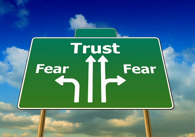 Let go of fear with hypnosis.
